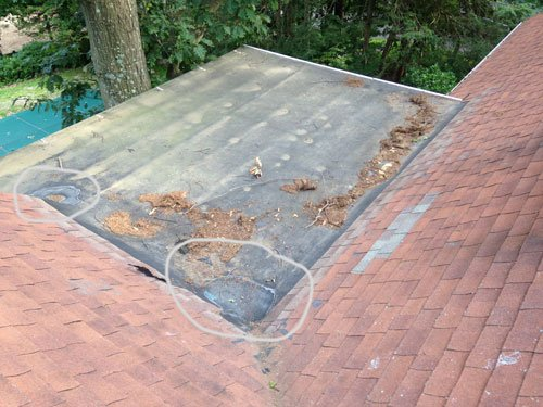 failing rubber roof